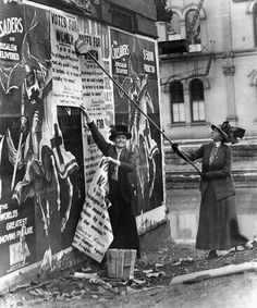 Suffragettes postering